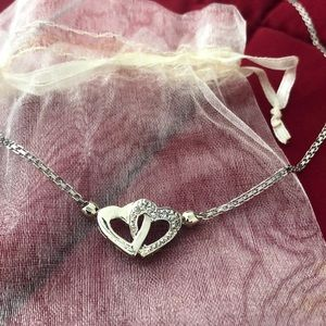 10kt white gold heart necklace